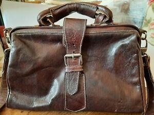 Gusti Leder Damentasche, dunkelbraun, optisch wie eine kleine Arzttasche