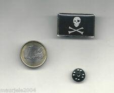 Spilla Metallo Smaltata Bandiera Pirati, Pin Enamel Flag Jolly Roger 3,20 x 2,00