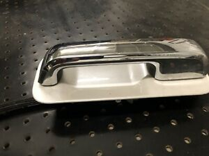 Ford F150 2015-2020 Left Door Handle Chrome On Pearl White Oem