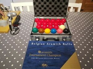 Full set Aramith tournament champion snooker balls with metal carry case
