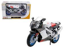Aprilia RSV 1000 White Motorcycle 1:12 Model - 1036w