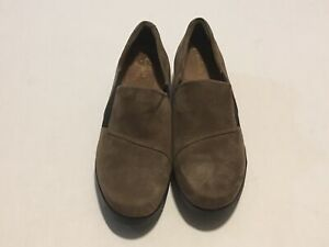 NWOT Clarks Artisan Suede Loafers Slip On Shoe Daelyn Monarch Choc Brown Size 9W