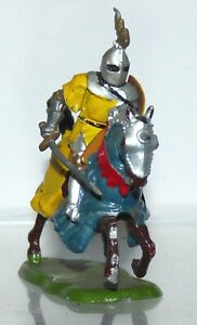 BK07 Britains mounted knight of Agincourt - with sword