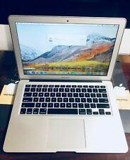 """Apple MacBook Air 13.3"""". comes w case & charger bundle excellent condition"""
