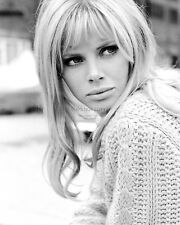ACTRESS BRITT EKLAND - 8X10 PUBLICITY PHOTO (AA-889)