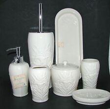 7 Pezzi Artistico Avorio Poinsezia Ceramica Erogatore Sapone, Porta Scopino + 5
