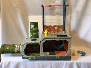 Vintage 1989 TMNT Teenage Mutant Ninja Turtles Sewer Lair Playset Base Playmates
