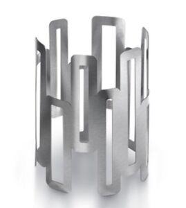 Rosseto Skycap Stainless Steel Round Riser -TW