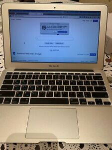 Macbook Air Late 2010 11' 64GB 1.4 Gh Intel Core 2 Used