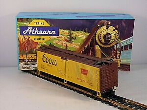 Athearn Coors Beer Refrigerator Train Car 40' Reefer Advertising HO Scale