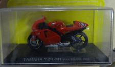 MODELLINO MOTO YAMAHA YZR-M1Max Biaggi 2002 - SCALA 1:24 - NUOVO