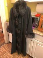 Beautiful  Marvin Richards Wool Fox Fur Coat Size 8