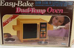 Vintage 1980's 1987 Betty Crocker Easy Bake Dual Temp Oven W/ Original Box