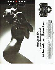 PUBLICITE ADVERTISING 037  1975  appareil Photo Fujica ST 801   seins nus
