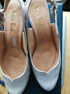 Ladies Van-dal Sling Back Pink Shoes  Size 5 1/5 EE