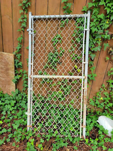 PICKUP ONLY CHAIN LINK FENCE WALK KENNEL GATE VERY GOOD CONDITION SNELLVILLE GA