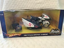 Hot Wheels Batman 1966 T.V. Series BATCYCLE & SIDECAR 1:12 Scale 2009 NEW
