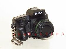 Takara Tomy Pentax camera keychain figure gashapon - Pentax K5 (1 keychain)