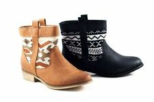 Low (3/4 in. to 1 1/2 in.) Pull On Synthetic Casual Boots for Women