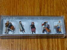 Preiser Ho #10459 Passengers - Travellers w/Luggage Carts