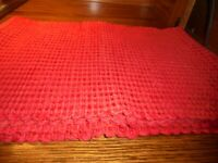"""Set (4) Vintage Heavy Red Woven PLACEMATS 17"""" x 12"""" High Quality Home Decor   97"""