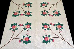 Vintage 1940's Hand Stitched 11 spi Pink & Green Floral Applique Quilt 83x72