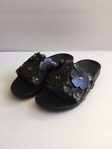 New Coach Sophi Slide Sandals Tea Rose Black & Gold SZ 6