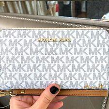 72043d6e67dd Michael Kors Jet Set Travel Large Flat Multifunction Phone Case Wallet  Vanilla