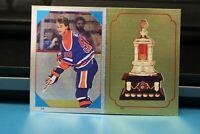 1985-86 O Pee Chee Foil Sticker Wayne Gretzky #54 & Vezina Trophy #197