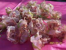 Fleur ancienne. Belle rose en organza rose et givre. Vente à l'unité. N°316