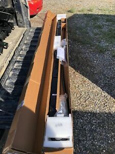 NEW APC AP8868 Metered Rack 3PH 208V 35A 36x C13 6x C19 Zero U PDU