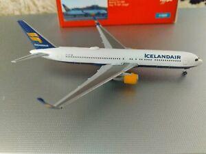 1:500 herpa  wings  ICELANDAIR  767