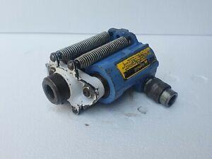 OTC 4120 POWER-TWIN 17.5 Ton Hydraulic Cylinder, Center Hole Puller Cylinder