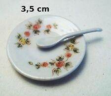 plat avec cuillère miniatures pour maison de poupée ou vitrine, porcelaine  C3e