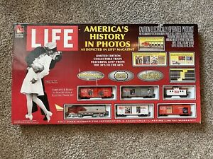 Life-Like Brand HO Train Set: America's History in Photos Life/Magazine New!