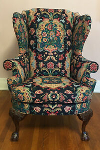 Southwood Chippendale-Style Mahogany Ball/Claw Chair
