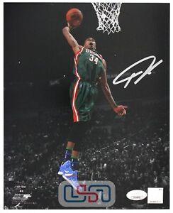 Giannis Antetokounmpo Bucks Autographed Signed 8x10 Photograph Photo JSA Auth #3