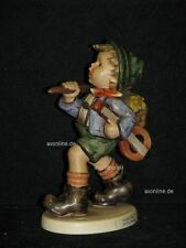 "Goebel Hummel 327 ""Der frohe Wanderer"", the run-a-way, Junge mit Gitarre"
