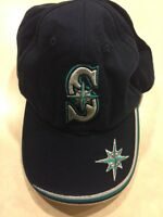 Vintage Seattle Mariners Fitted Cap Hat Baseball MLB Genuine Merchandise