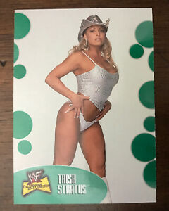 Trish Stratus #43 Rookie RC WWF 2001 Fleer ULTIMATE DIVA Collection Card WWE