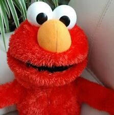 Hasbro play Sesame Street Elmo sings and talks