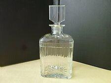 Superbe  carafe à whisky rectangulaire en Cristal  taillé