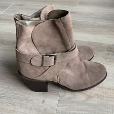 BCBG Generation Aries Booties Sz 9 M Leather Ankle Strap Boots Tan Suede Slip On