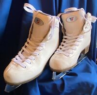 Riedell Girls Size 3 White Ice Skates Stock #13 W/ Cloth Protective Skate Covers