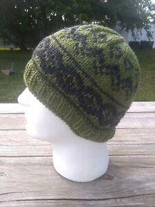 Mens Womens Fair Isle Beanie Hat Green Gray Skully Hand Knitted Wool Nordic S/M