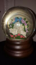 LOVE BIRDS MUSIC BOX SNOW GLOBE