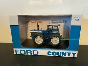 UNIVERSAL HOBBIES 6302 1:32 SCALE FORD TW30 COUNTY 1884 PROTOTYPE 40 YEARS