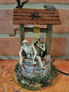 Lemax Spooky Town Ghouls In Well Halloween Village Accessory 🕷🖤🎃