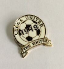 LEEDS UNITED Football Club FC Badge Enamel Supporters UTD LUFC Pin 62