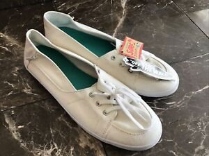 Vans Off The Wall Surf Siders Womens Size 11 New With Tags White